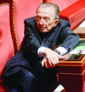 Vergogna Andreotti Senatore a Vita