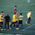 Esultanza dopo il gol segnato da capitan De Angelis